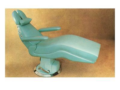 Reclining Dentist's Chair