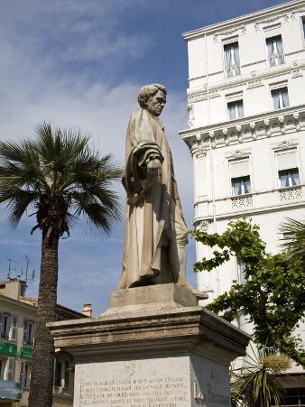 Lord Brougham Statue, Vieux Port, Cannes, Alpes Maritimes, Provence, Cote D'Azur, France