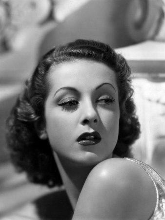 Danielle Darrieux, Late 1930s