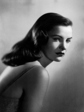 Ella Raines, 1946