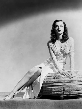 Ella Raines, 1944