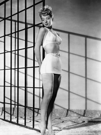 Evelyn Keyes, 1946