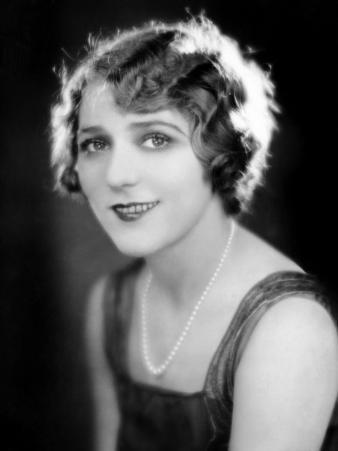 Mary Pickford, Late 1920s