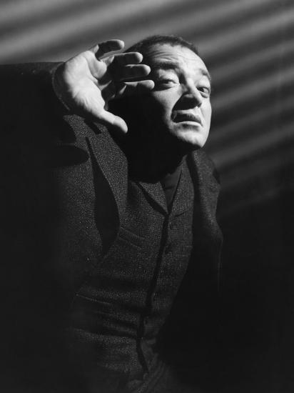 the beast with five fingers peter lorre 1946 photo at allposters com