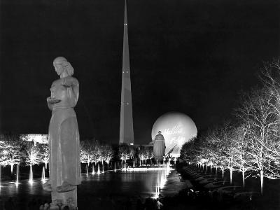 World's Fair, 1939, in Flushing, Ny, the Trylon and Perisphere