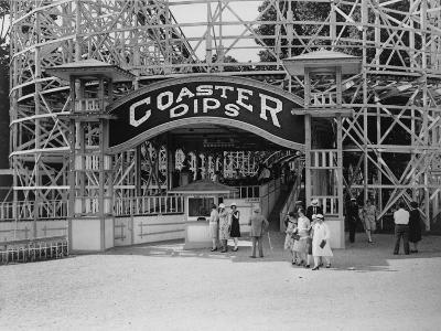 Entrance to the Coaster Dips, the Roller Coaster at the Glen Echo Park, Maryland, 1909-1932