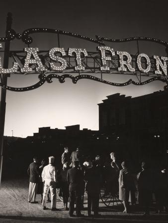 The glow of an atomic bomb test draws Las Vegas casino workers