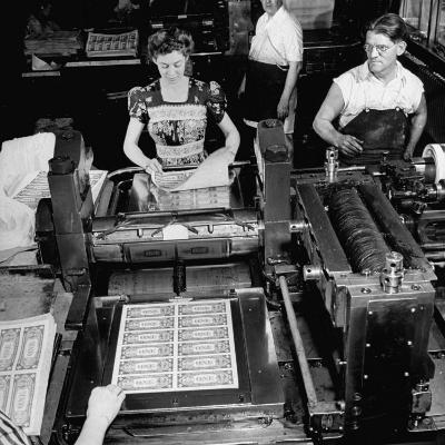Bed Press Machine That Makes Paper Money.Chase Bank Collection of Moneys of the World