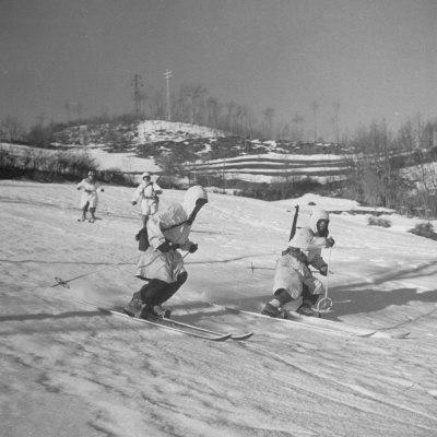 Amer. 10th Mountain Div. Army Ski Patrol, on the Itallian Front in the Appennine Mountains