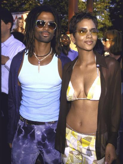 "Actress Halle Berry and Fiance, Musician Eric Benet, at Film Premiere of  Berry's ""X-Men""' Premium Photographic Print - Dave Allocca 