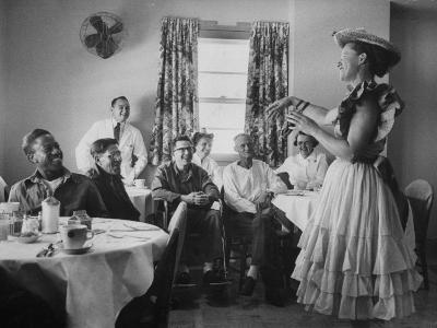 Radio Singer and Comedian, Minnie Pearl Performing for Hospital Patients While on Tour
