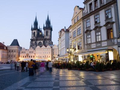 Evening, Cafes, Old Town Square, Church of Our Lady before Tyn, Old Town, Prague, Czech Republic