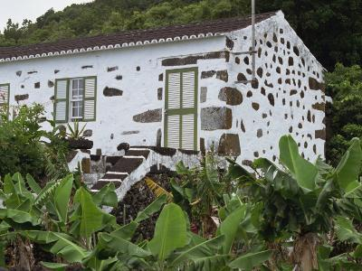 Typical Cottage, Biscoitos Area, Pico, Azores, Portugal, Europe