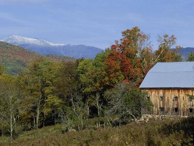 Landscape with the White Mountains in the Fall, Near Jackson, New Hampshire, New England, USA