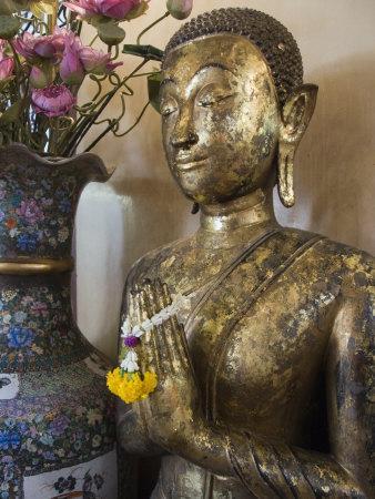 Buddha at Sukhothai Traimit Temple, Bangkok, Thailand, Southeast Asia