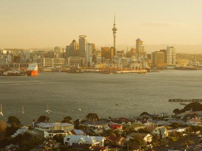 Devonport, Auckland Skyline and Waitemata Harbour, Auckland, North Island, New Zealand, Pacific