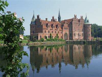 Egeskov Castle, Funen, Denmark, Scandinavia, Europe
