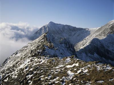 Hikers on Mount Snowdon, Snowdonia, Gwynedd, Wales, United Kingdom, Europe