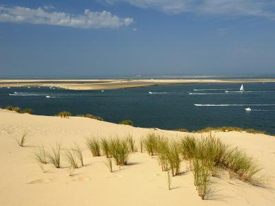 Sand Banks, Motor and Sailing Boats, Bay of Arcachon, Cote D'Argent, Gironde, Aquitaine, France