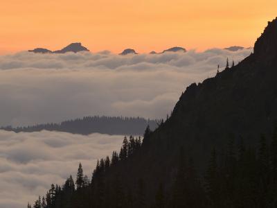Cowlitz River Valley, Tatoosh Range, Tatoosh Wilderness, Washington, USA
