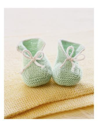 Green Baby Booties with Blanket