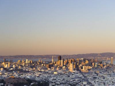 California, San Francisco, Skyline Viewed from Twin Peaks, USA