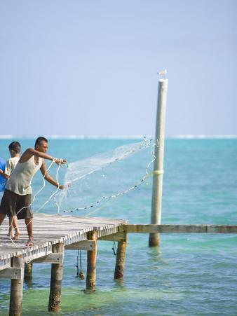 Net Fishing, Caye Caulker, Belize