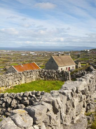 Traditional Thatched Roof Cottage, Inisheer, Aran Islands, Co, Galway, Ireland