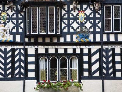 Warwickshire, Warwick, Lord Leycester Hospital, Courtyard, Timber Framed Building, England