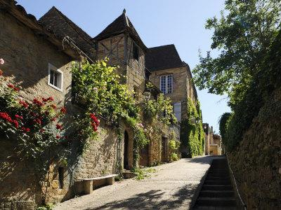 Medieval Street in the Old Town, Sarlat, Sarlat Le Caneda, Dordogne, France, Europe