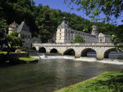 Pont Coud, Dronne River and Abbey, Brantome, Dordogne, France, Europe