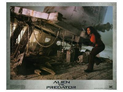 Alien Vs. Predator, 2004