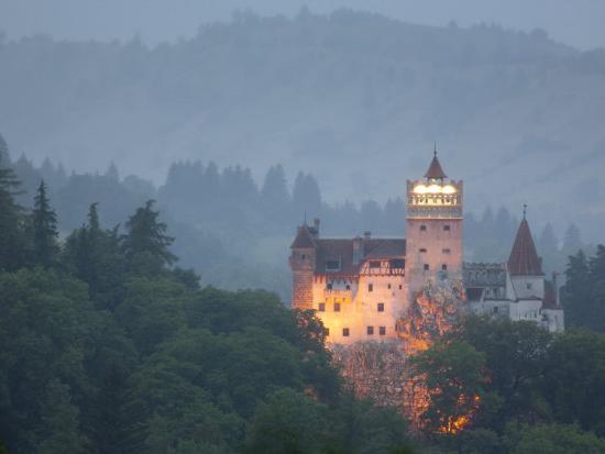 Bran Castle Dracula Castle Bran Transylvania Romania Europe - Live-bran-castle-pictures