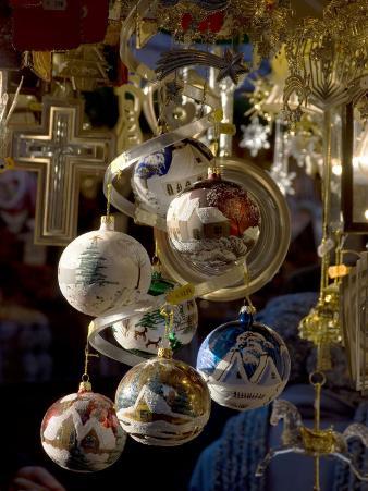 Christmas Decorations, Christkindelsmarkt (Christmas Market), Nuremberg, Bavaria, Germany