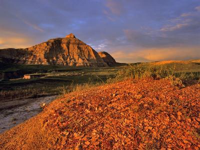 Badlands in the Little Missouri National Grasslands, North Dakota, USA