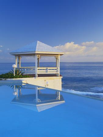 Gazebo Reflecting on Pool with Sea in Background, Long Island, Bahamas