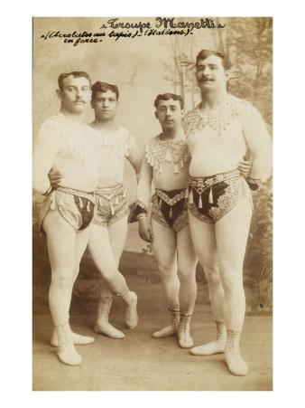 Troop Manetti (Acrobats Knock Out in Force) (Italian)