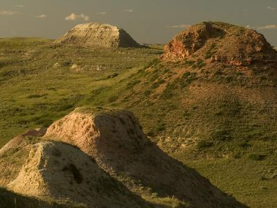Buttes Reflect Late Afternoon Sun in Little Missouri Grasslands