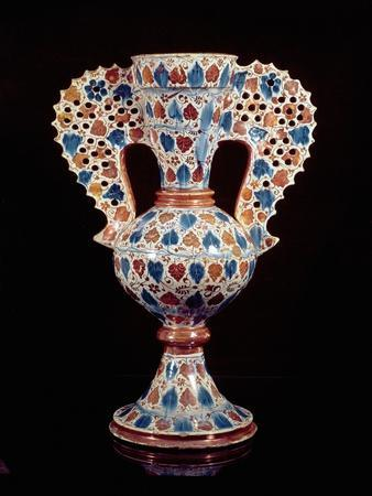 Tin-Glazed Vase with Lustre Decoration, Hispano-Moresque, Valencia, 3rd Quarter of 15th Century