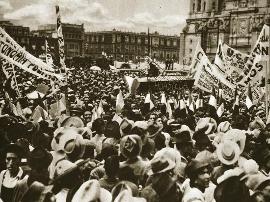 Crowds in Mexico City Celebrate the Nationalization of the ...