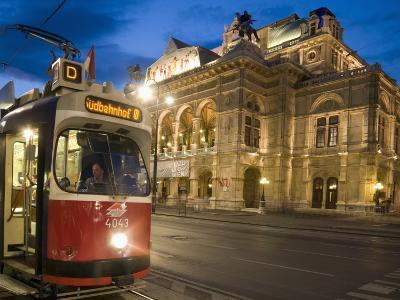 Tram Outside Statsoper (Opera House) at Opernring, Innere Stadt