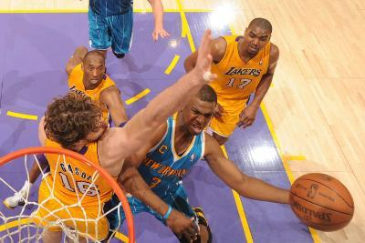 New Orleans Hornets v Los Angeles Lakers - Game Two, Los Angeles, CA - April 20: Chris Paul and Pau