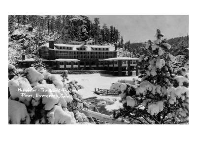 Evergreen, Colorado - Troutdale-at-the-Pines in Midwinter