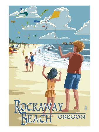 Rockaway Beach, Oregon - Kite Flyers