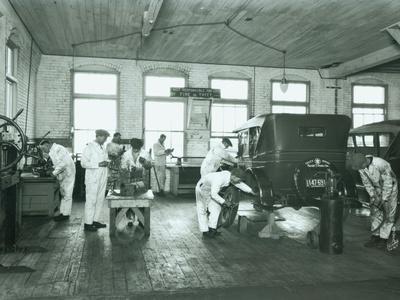 Harold S. Davies, Inc. Service Department, Circa 1930