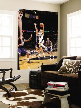 Memphis Grizzlies v San Antonio Spurs - Game One, San Antonio, TX - April 17: Tony Parker