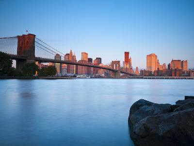 USA, New York, Manhattan, Downtown Financial District and Brooklyn Bridge