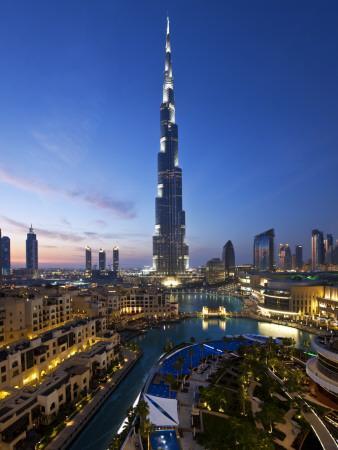 United Arab Emirates (UAE), Dubai, the Burj Khalifa at Night