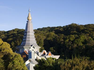 Thailand, Chiang Mai, Doi Inthanon National Park, Phra Mahathat Napaphon Bhumisiri Chedi