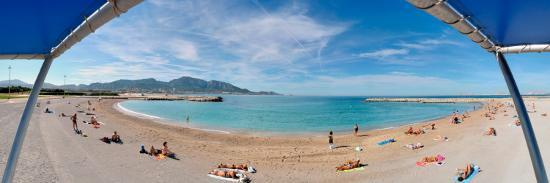Tourists Sunbathing On The Beach Prado Beach Marseille Bouches
